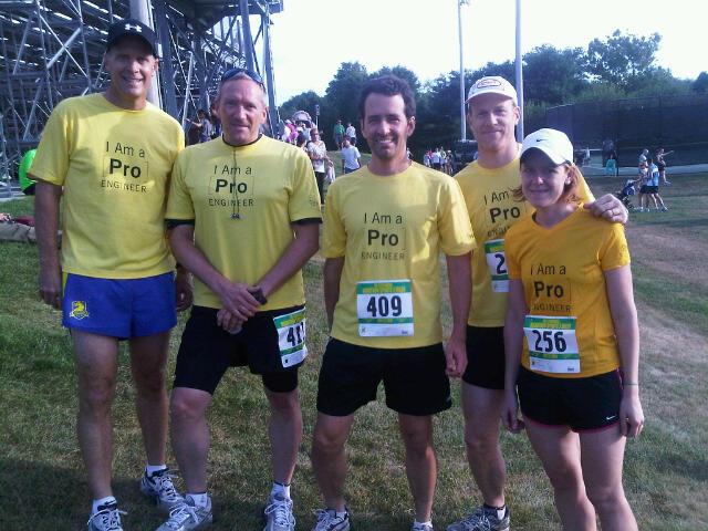 runners_in_needham_proengineer.jpg